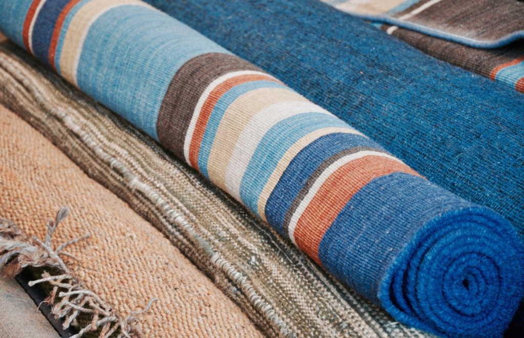 Como quitar el olor de sus mascotas de sus alfombras 4