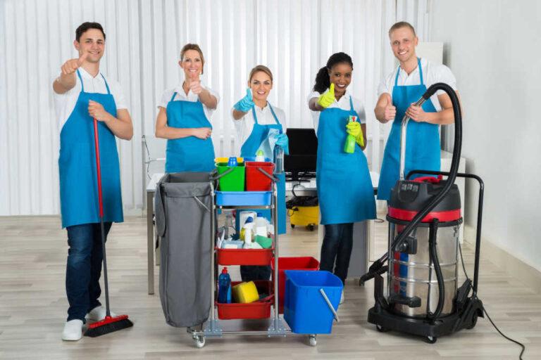 Cuándo contratar  profesionales de la limpieza