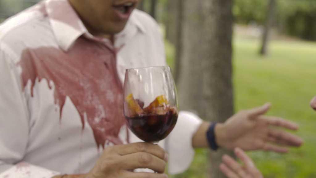 Eliminacion de manchas de vino blanco o champan 2