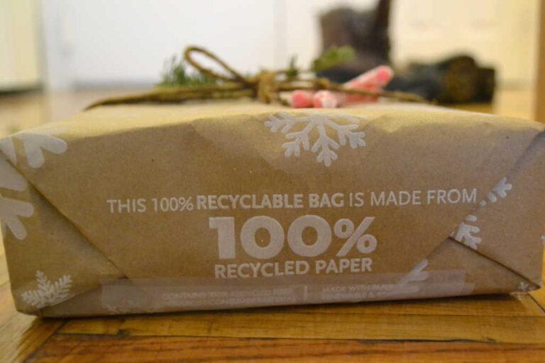 Navidad Sostenible: ¿Se puede reciclar el papel de regalo?