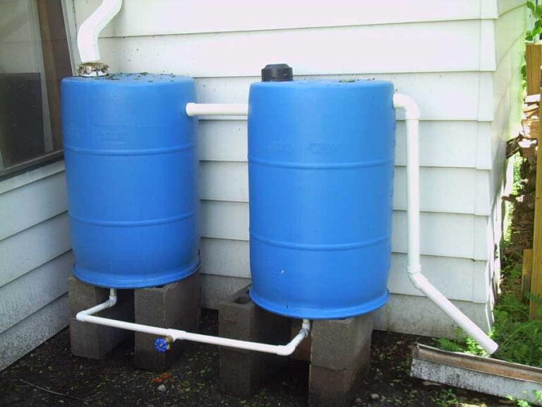 14 muy buenas razones para añadir un barril para recoger lluvia en su jardín
